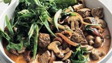 Beef and mushroom stroganoff with spinach and beans