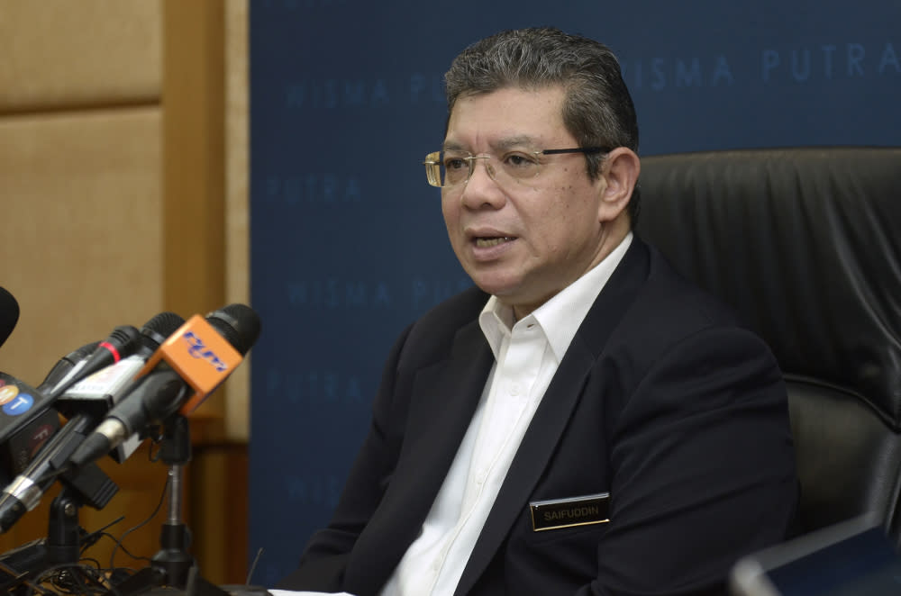 Foreign minister says water price dispute with Singapore not about profit but fairness
