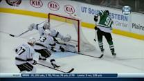 Tyler Seguin sneaks in a no angle shot