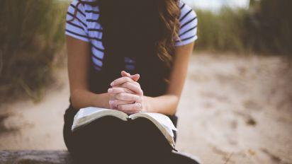 Prefeitura de Barra Mansa obriga oração do Pai Nosso nas escolas e cria polêmica