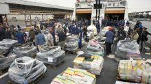 EE.UU. incauta toneladas de droga en el mar y detiene narcotraficantes