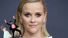 Reese Witherspoon, Jennifer Garner and more join viral 'Elf on the Shelf' meme