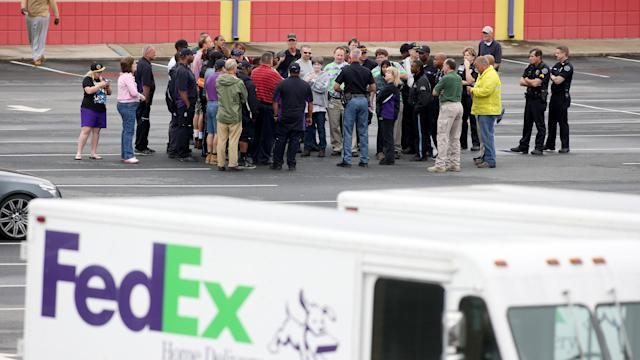 6 injured in shootings at Atlanta FedEx facility