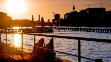 Für Urlaubsrückkehrer: Sommer ohne Loch: Die wichtigsten Berlin-News im Zeitraffer