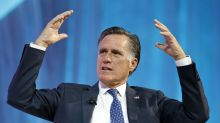 Mitt Romney heckles Russell Westbrook as he gets into foul trouble during Jazz-Thunder game
