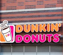 Somali Refugee Says Dunkin' Employee Called Police Because She Talked in Her Native Language