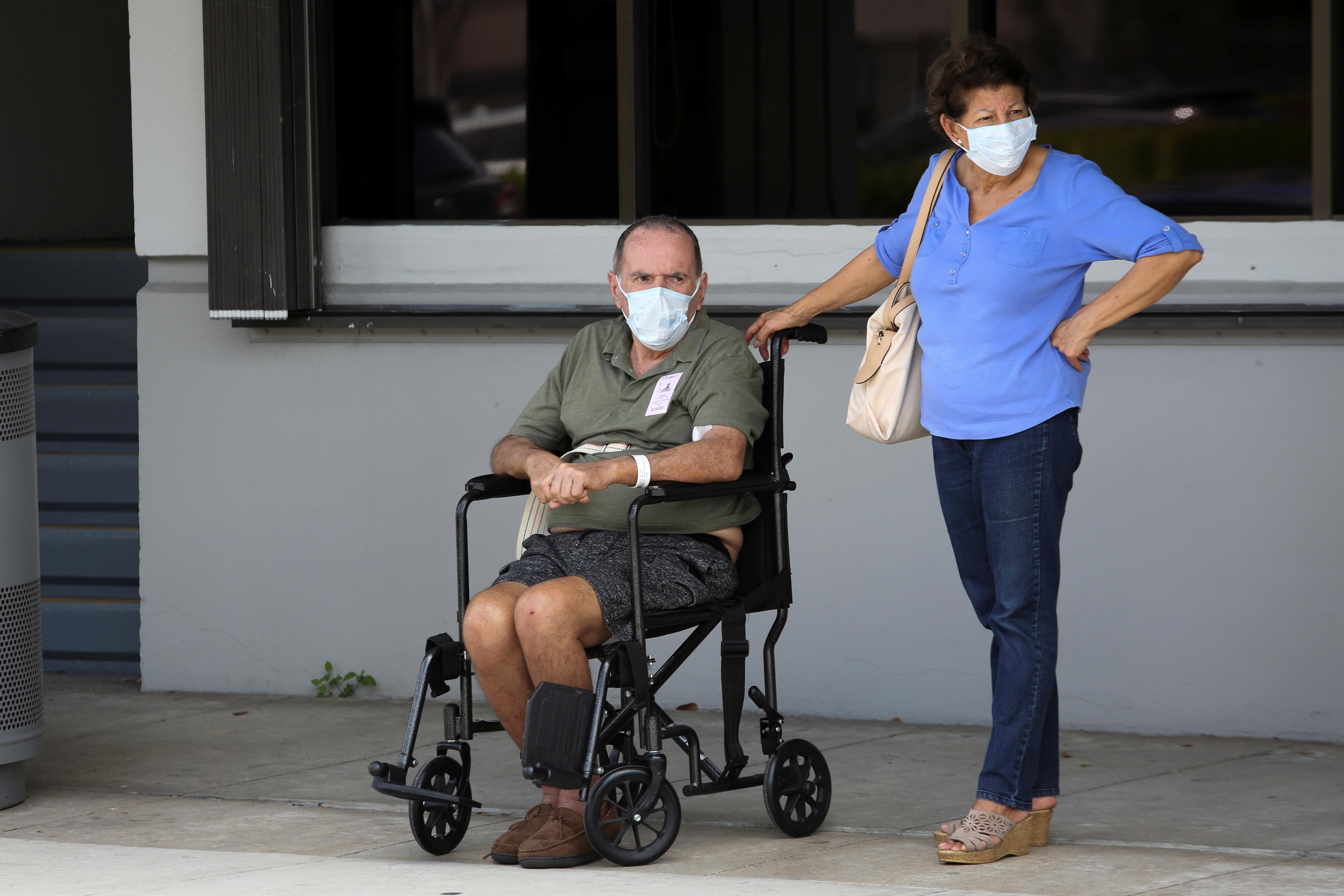 Florida and Texas take steps back as US infections soar