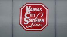 Canadian Pacific asks Kansas City shareholders to reject Canadian National deal