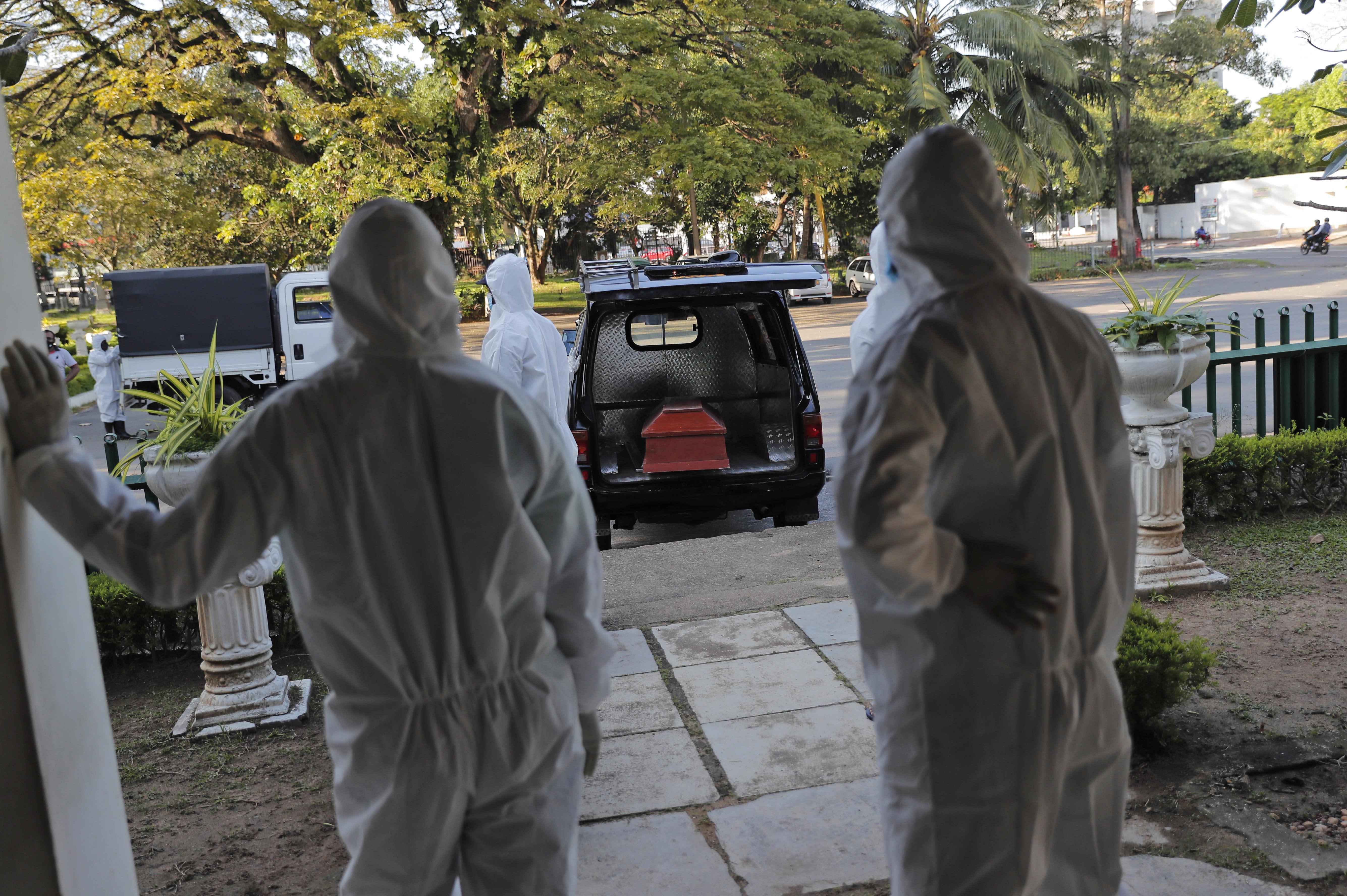 UN group says Sri Lanka virus cremation rule violates rights