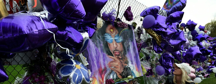 Woman says she is Prince's half-sister, claims part of estate