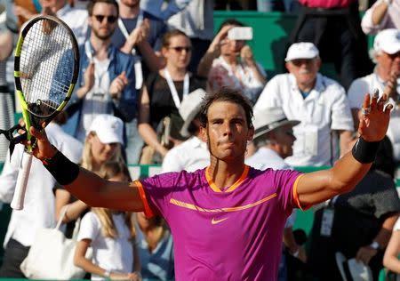 El tenista español Rafael Nadal celebra su paso a la final de Montecarlo tras triunfo sobre el belga David Goffin