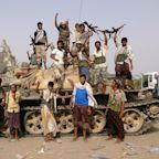 Saudi-led Forces Seize Yemen Airport as U.S. Senators Question Involvement