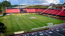 Eliminados na Copa do Brasil, Vitória e Paraná se concentram na Série B