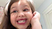 Esto es lo que pasa cuando tus hijos juegan con el maquillaje