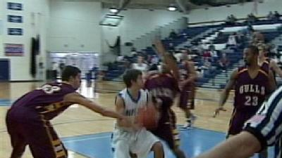 E-Town Rallies Past Salisbury 72-66