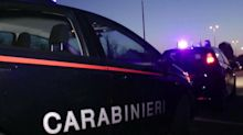 Paura a Reggio Emilia, spari in piazza: 3 feriti