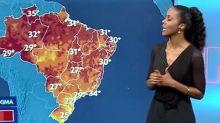 Com visual diferente no 'JN', Maju Coutinho vira assunto na web: 'Diva'