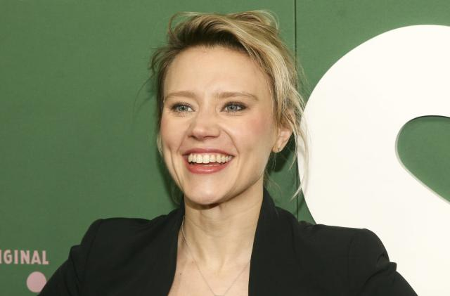 Hulu orders a Theranos miniseries from Kate McKinnon