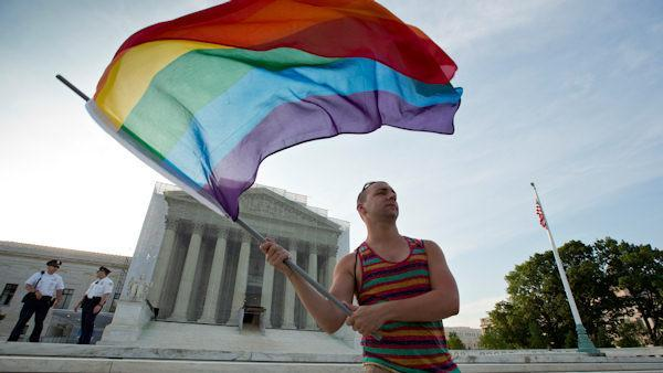 Supreme Court gives gay marriage historic boost
