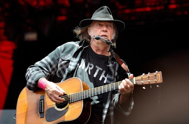 Neil Young prepares a giant online archive for his music