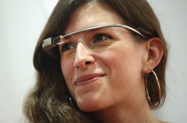 Google wants Glass-like headsets with holographic displays