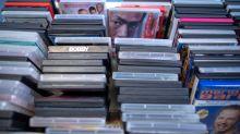In alten VHS-Videos stöbern