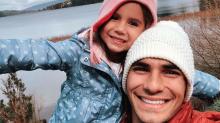 Deborah Secco sobre viagem de Hugo Moura com a filha: 'Cabelos em pé'
