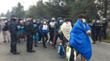 """A Calais, plus important démantèlement d'un campement de migrants depuis celui de la """"Jungle"""""""