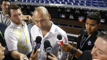 Jeter wants all the Marlins to learn Spanish