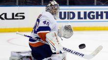Varlamov continues his hot start