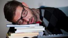 Por qué debes contarle al neurólogo que no duermes bien
