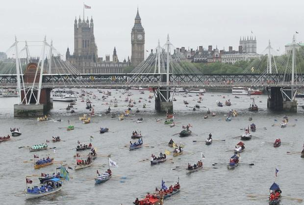 River Thames to bathe in upgraded long-distance WiFi
