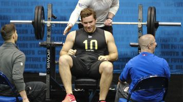 Bench press hero of the combine: a punter?