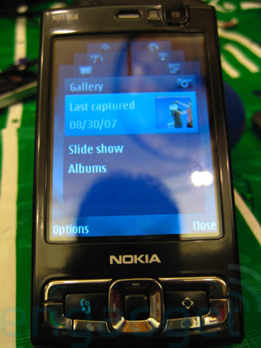 Hands-on with the Nokia N95 8GB for North America!