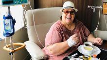 """Mamma Bruschetta passa por cirurgia para retirar tumor: """"Um sucesso"""""""