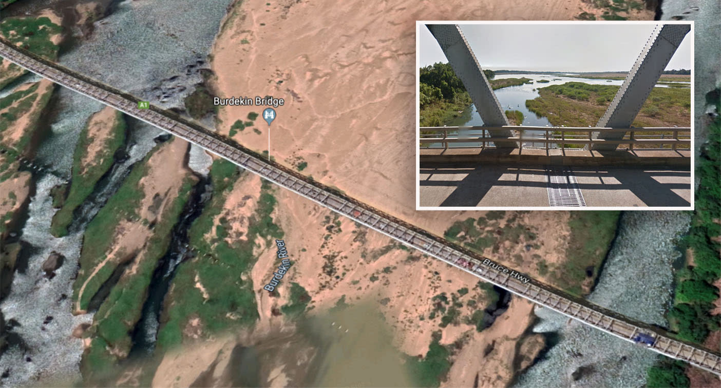 Search for missing man, 62, who fell from horse while riding over Queensland river