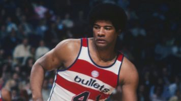 Hall of Famer Wes Unseld dies at 74