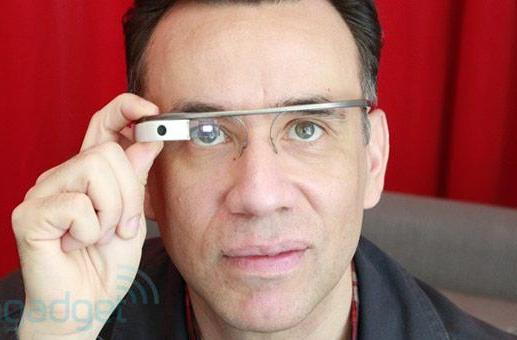 Google updates Glass with video player, improved voice commands, additional Now cards
