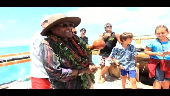 Archbishop Tutu on the Hokulea