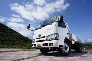 3.5噸貨車首試! Hino 200開起來也能如此輕鬆!