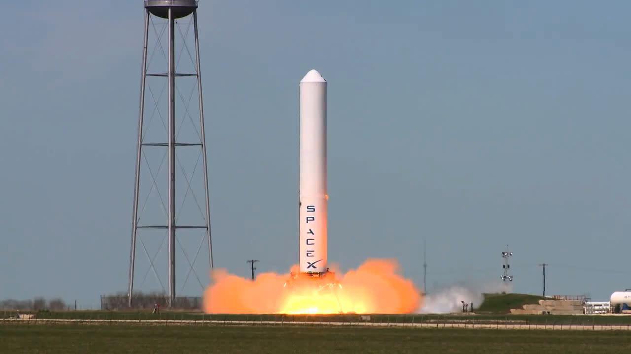 Elon Musk 'Even More Amazing Than Steve Jobs,' Says Jurvetson