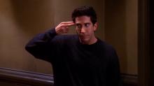 Teria o Ross de 'Friends' inventado um dos episódios de 'Black Mirror'? Esta propaganda diz que sim!