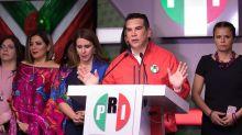 """El PRI critica a AMLO, a dos años de su triunfo, y se dice dispuesto a """"rescatar al país"""""""