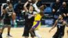 Bei Lakers-Pleite! Schröder trumpft ohne LeBron auf