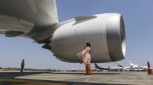 Dreamliners' Longest Trips Face Curbs Because of Rolls-Royce Engine Issues