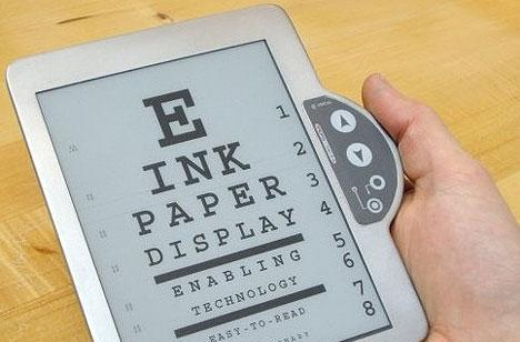 E Ink develops flashing displays for cloth and Tyvek, experiments with color FMV (video)