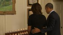 Raw: Obamas Pause in Remembrance of Sandy Hook