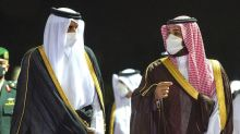 Qatar ruler in Saudi Arabia for first time since rift eased