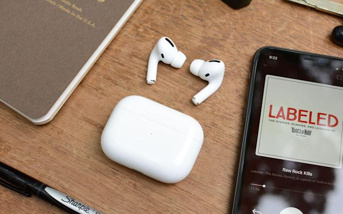 Apple AirPods Pro.