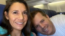"""""""Von Emotionen überwältigt"""": Southwest-Crew überrascht frischgebackene Eltern auf Flug mit Babyparty"""
